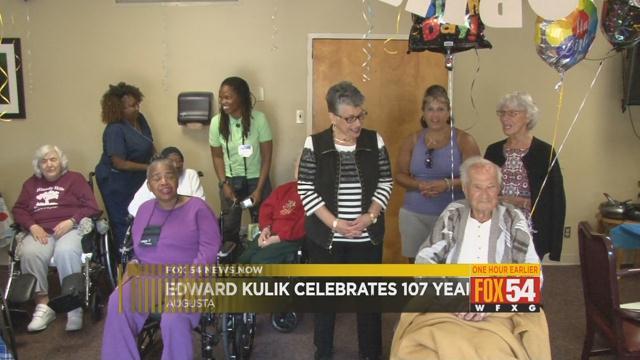Edward Kulik celebrates 107th birthday (WFXG)