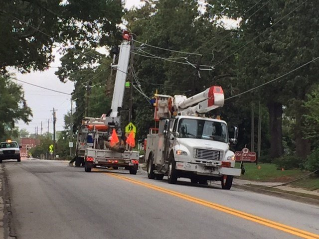 Georgia Power crew works to fix a blown transformer on N. Louisville St. in Harlem (WFXG)