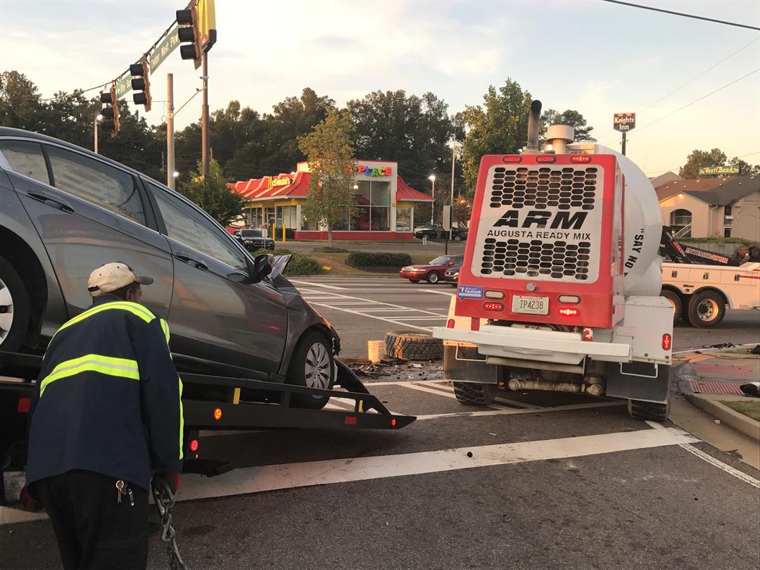 Traffic accident on Washington Rd.; Source: WFXG