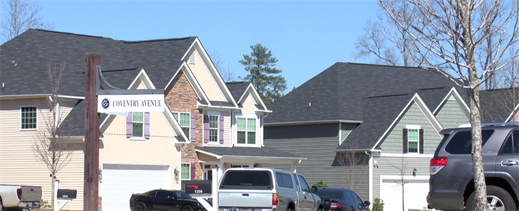 Columbia County father shoots man after daughter snuck him into home