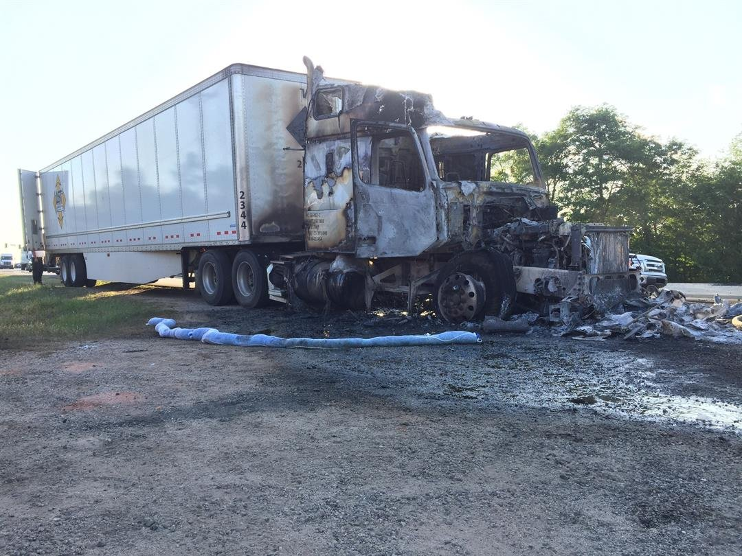 Tractor trailer fire on Deans Bridge Rd. 4/21/17 (WFXG)