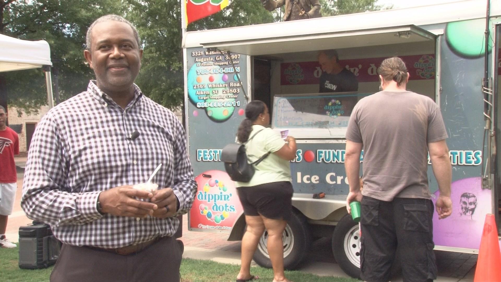 Mayor Hardie Davis celebrating Ice Cream Day(wfxg)