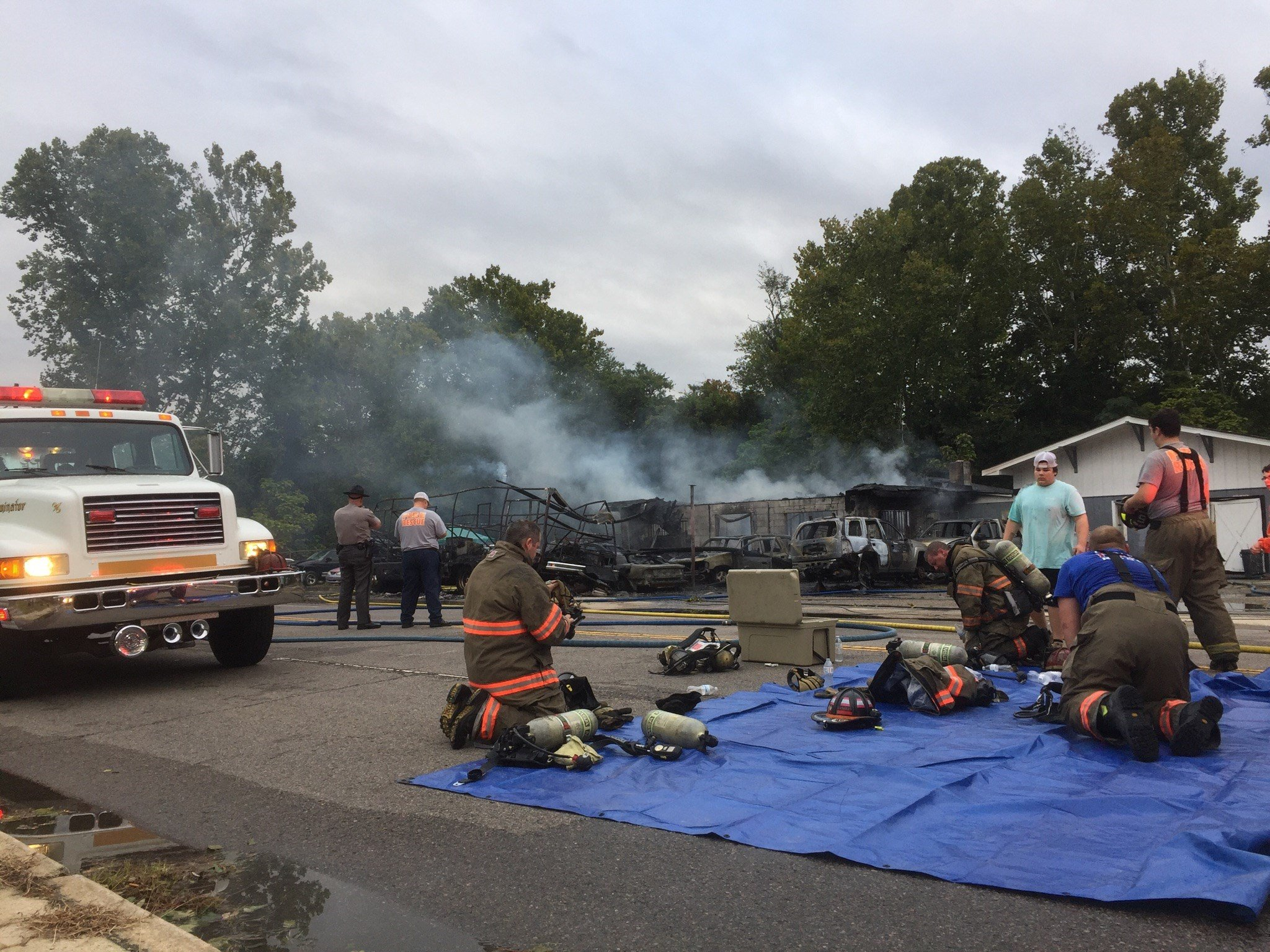 Structure fire in Warrenville, SC; Source: WFXG