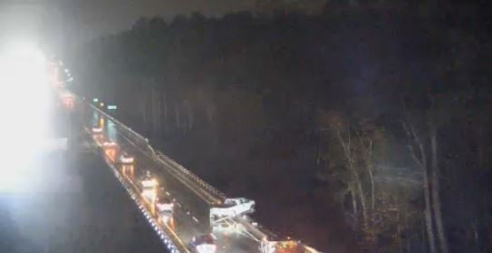 Truck on railing over Augusta Canal (source: Georgia Department of Transportation)