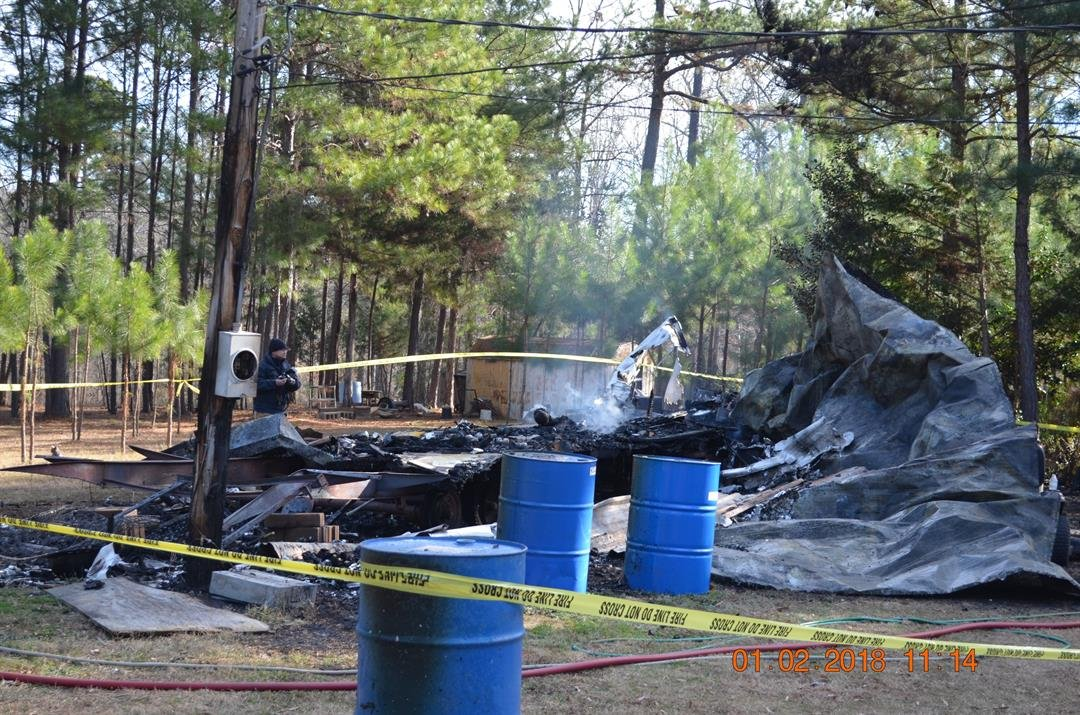 Scene of fire on Leopard Lane in Appling 1/2/18 (source: GA Insurance and Safety Fire Commissioner's Officer)