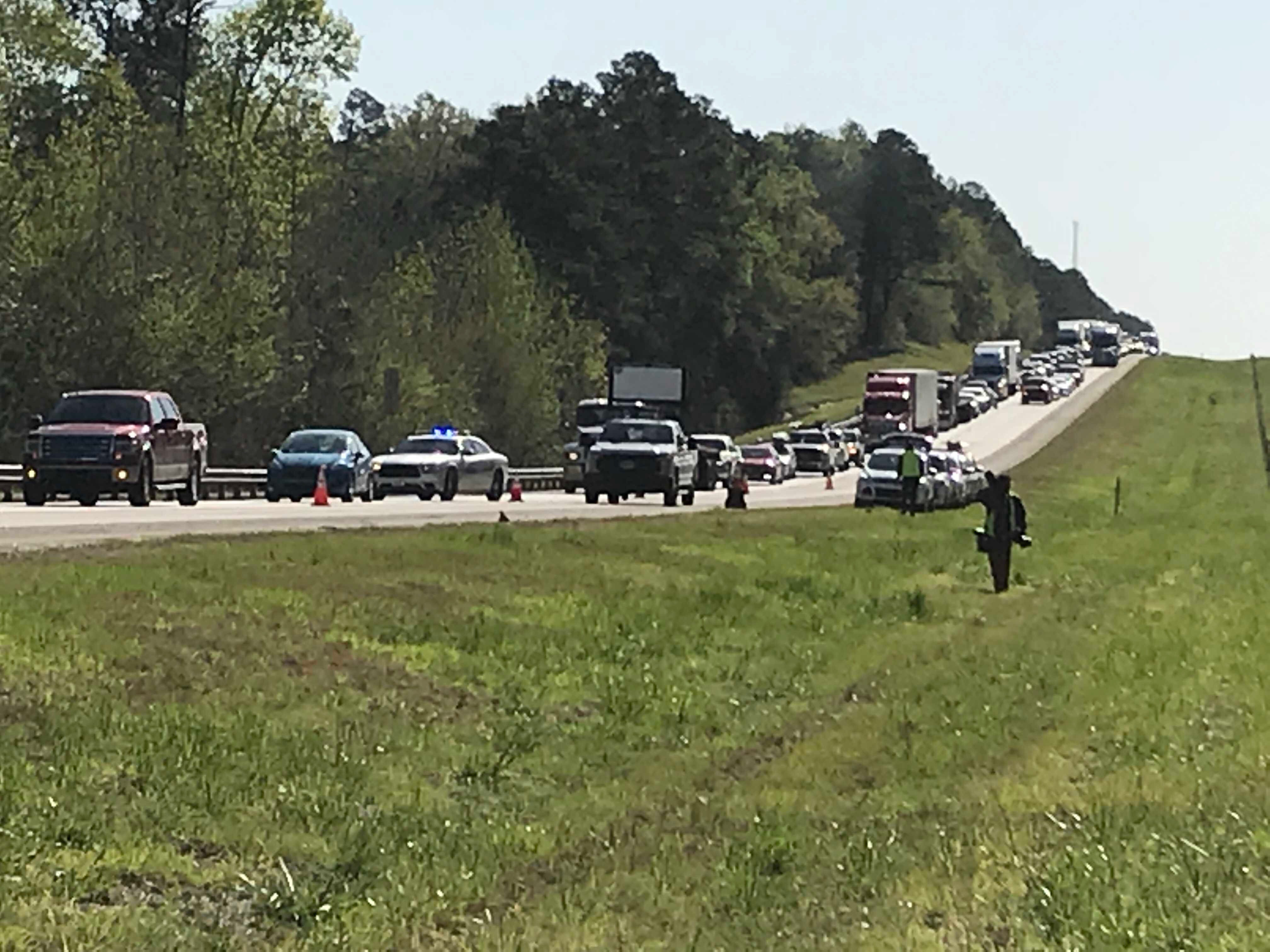 Traffic backed up on I-20 after bus headed to The Masters overturned 4/5/18 (WFXG)