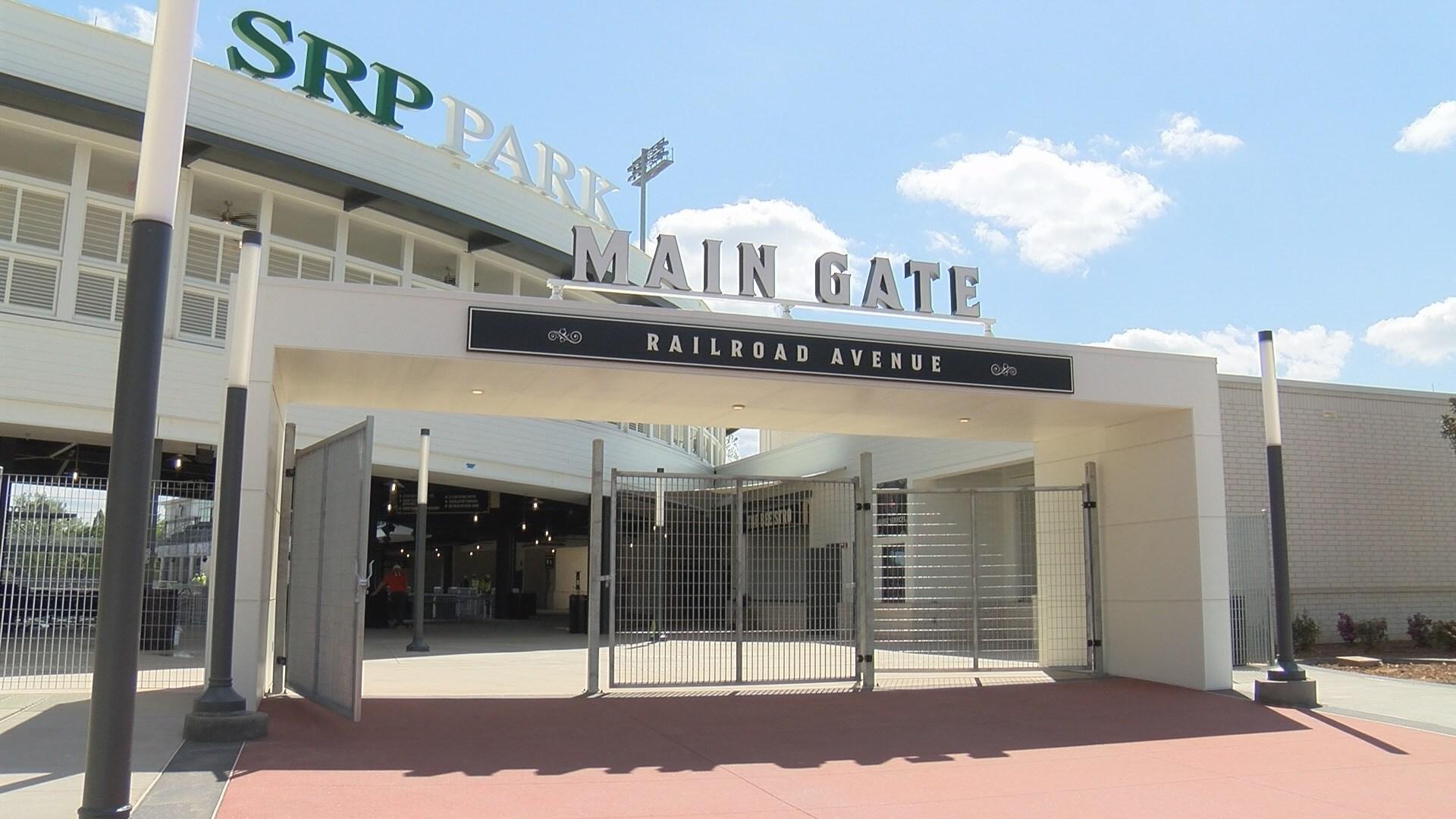 SRP Park Main Gate (WFXG)
