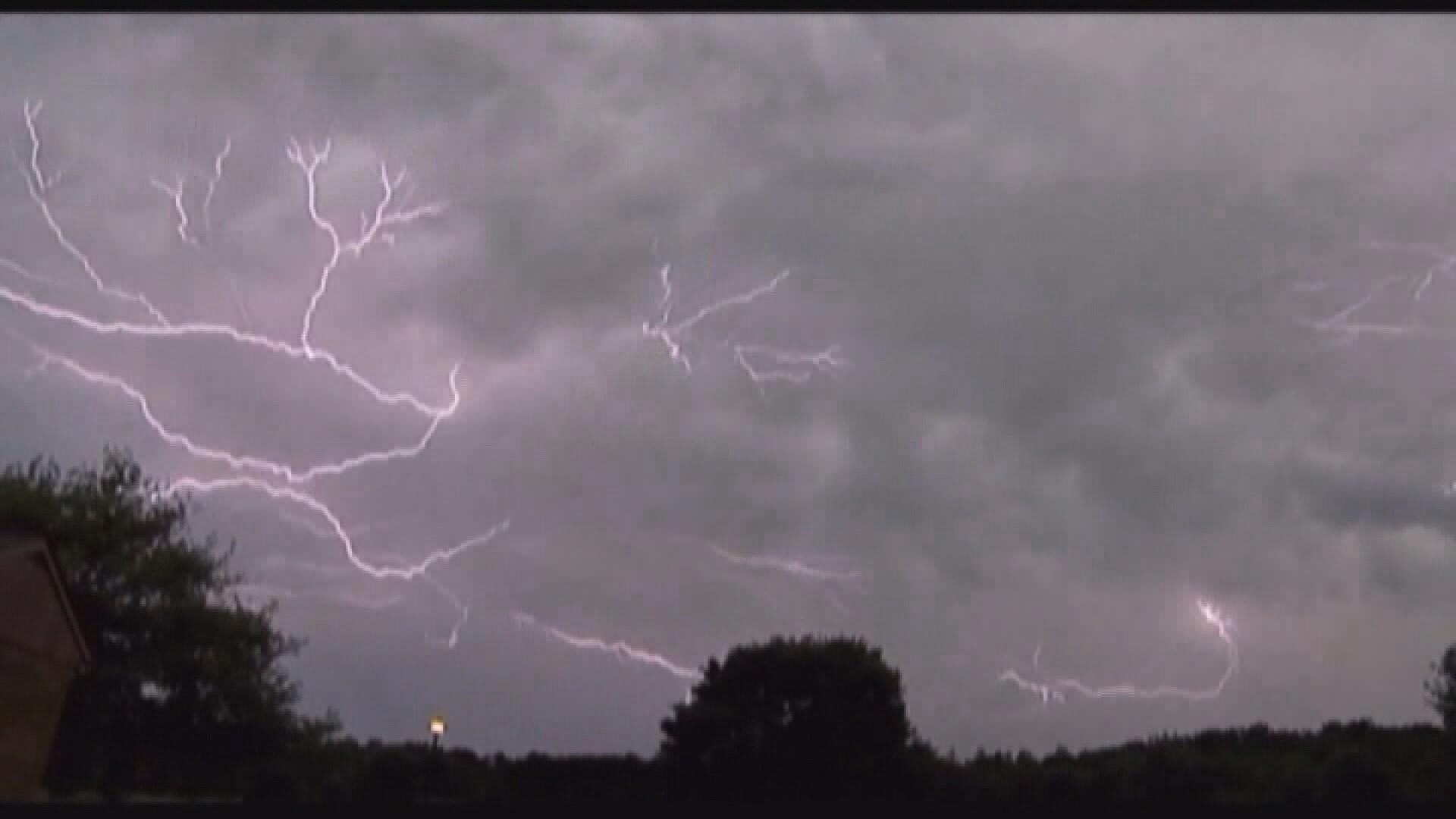 Lightning strike (WFXG)