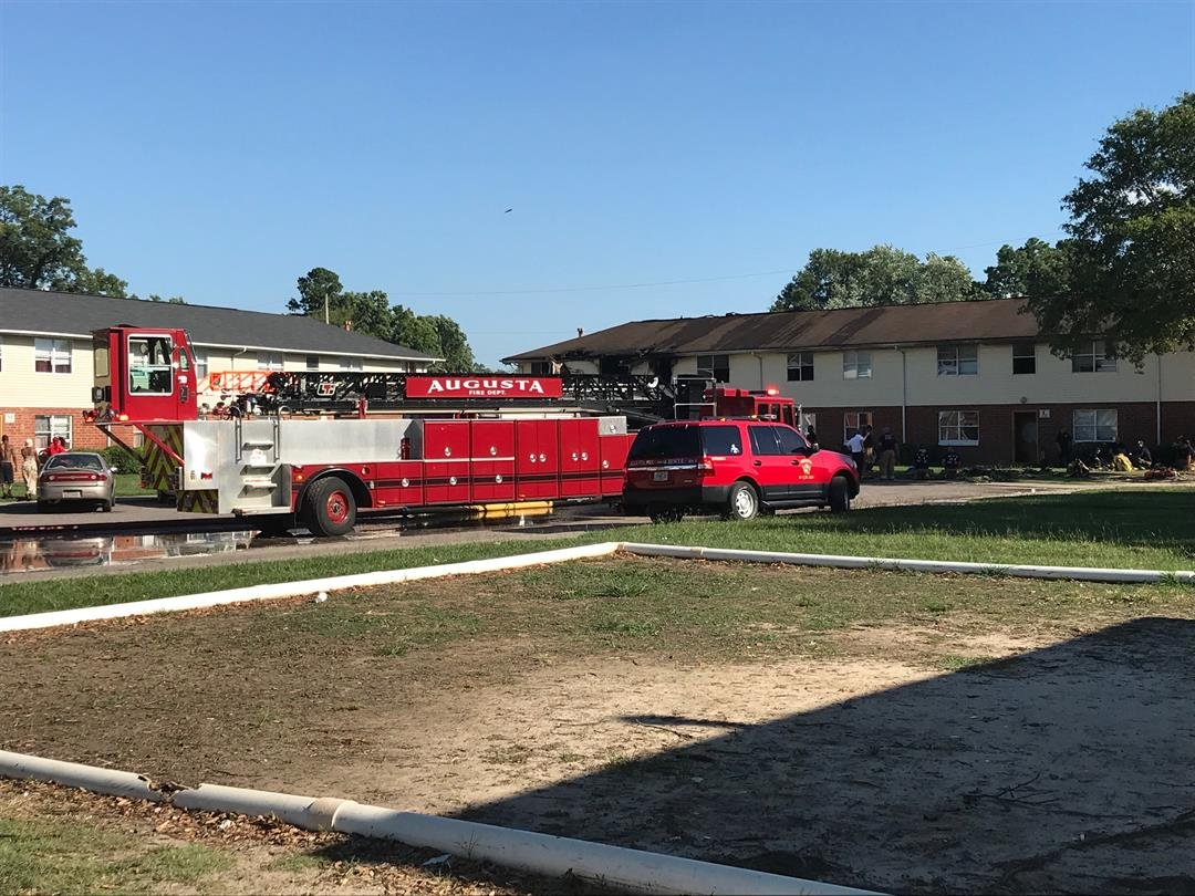 Fire broke out at River Glen Apartments today (Source: WFXG)