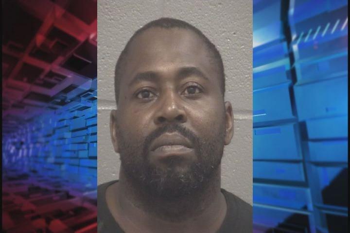 Tyrone Markee James, 36, is charged with sexual battery on a minor between the ages of 12 and 18. (Source: Columbia Co. Sheriff's Office)