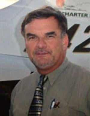 Pilot Richard Trammell is filing suit. (Source: Google)