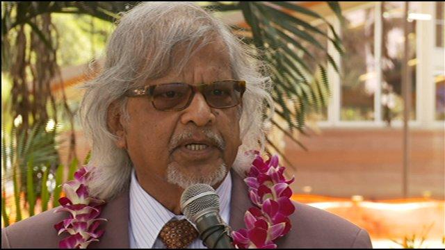 Arun Gandhi speaks in Hawaii in 2011. (Source: Hawaii News Now)
