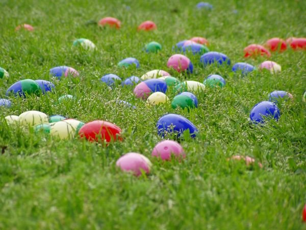 Plastic Easter Eggs Background Download