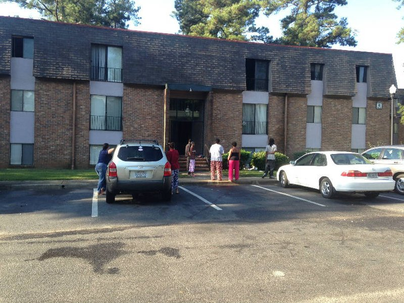 Firefighters Put Out Flames At Apartment In North Augusta